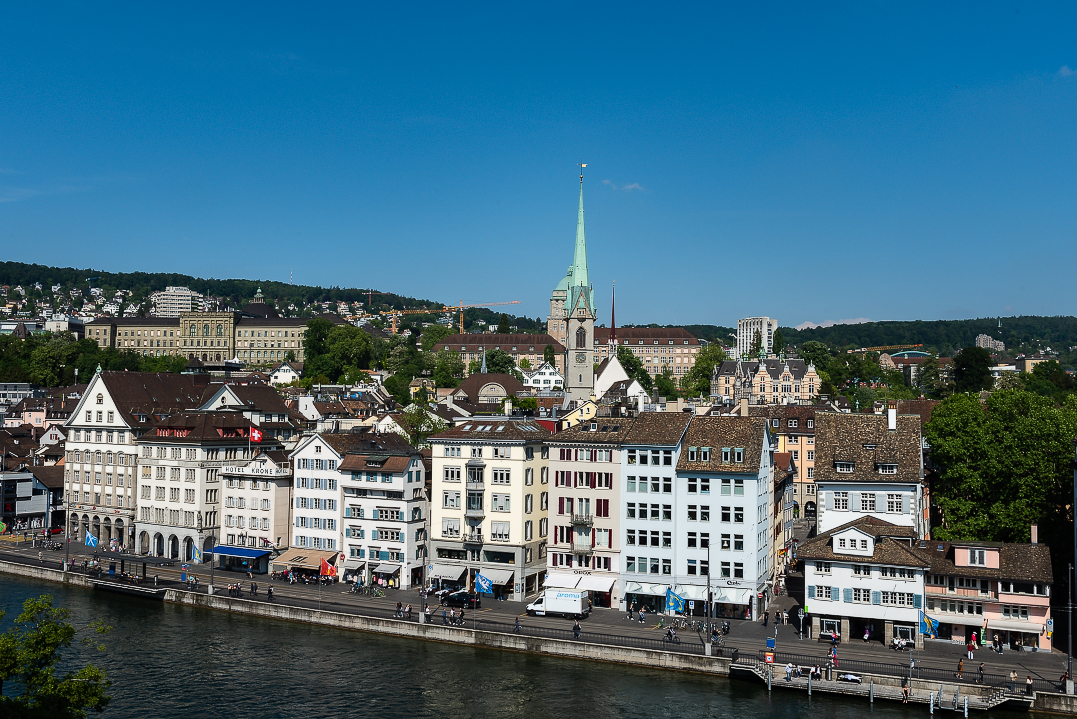 The view across the Limmat River onto Niederdorf from Lindenhof Square.