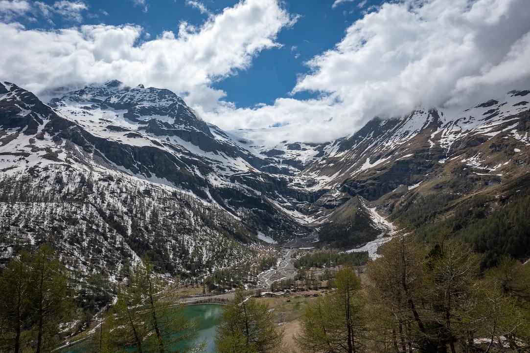 Heading up to Bernina Pass
